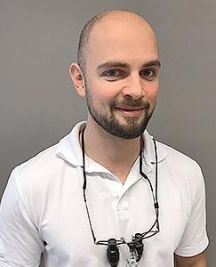 Zahnarzt Hamburg - Dr. med. dent. Thomas Nicolai